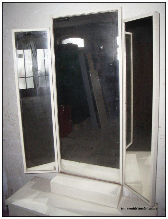alte art deco kommode mit spiegel spiegelkommode. Black Bedroom Furniture Sets. Home Design Ideas