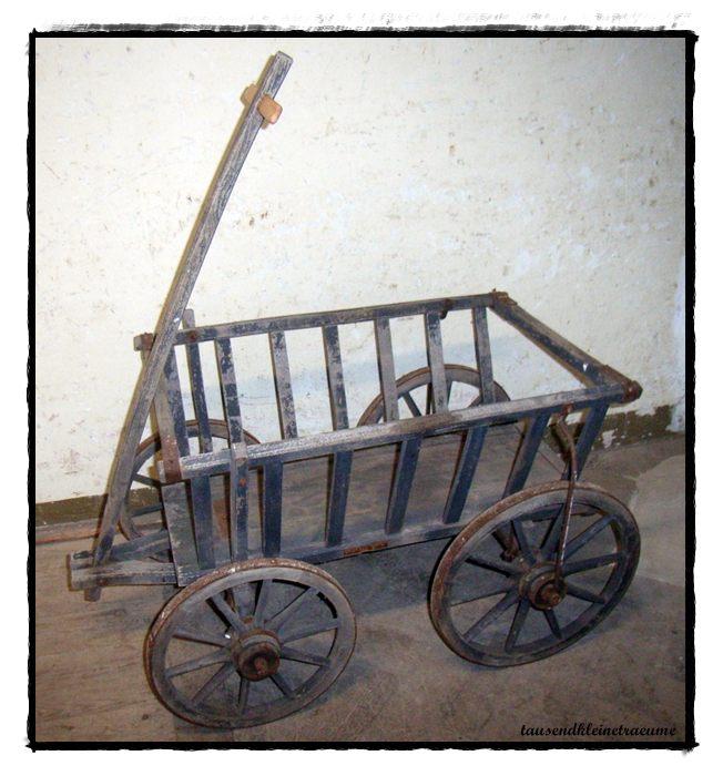 alter gro er handwagen bollerwagen holzwagen gartendeko. Black Bedroom Furniture Sets. Home Design Ideas