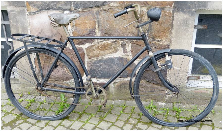 altes schwarzes fahrrad mifa 30er jahre bosch lampe dynamo h159 ebay. Black Bedroom Furniture Sets. Home Design Ideas