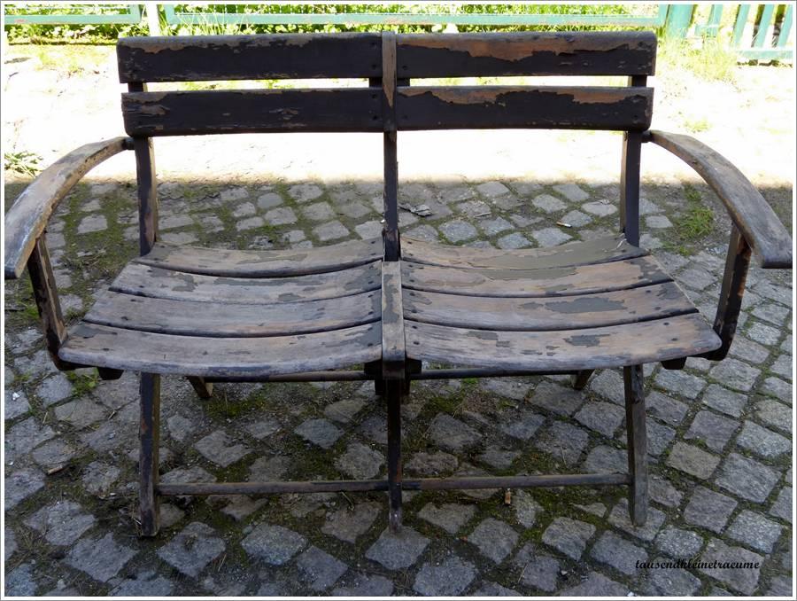 alte holzbank bank doppelstuhl holz klappbank gartenbank gartenm bel g828 ebay. Black Bedroom Furniture Sets. Home Design Ideas
