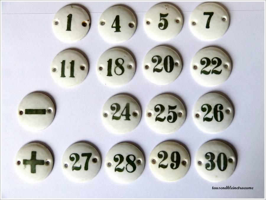 kleine schilder mit nummer porzellanschilder nummern. Black Bedroom Furniture Sets. Home Design Ideas