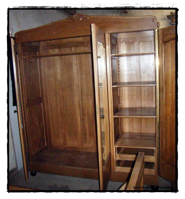 altes jugendstil schlafzimmer kleiderschrank nachtische frisiertoilette kommode ebay. Black Bedroom Furniture Sets. Home Design Ideas