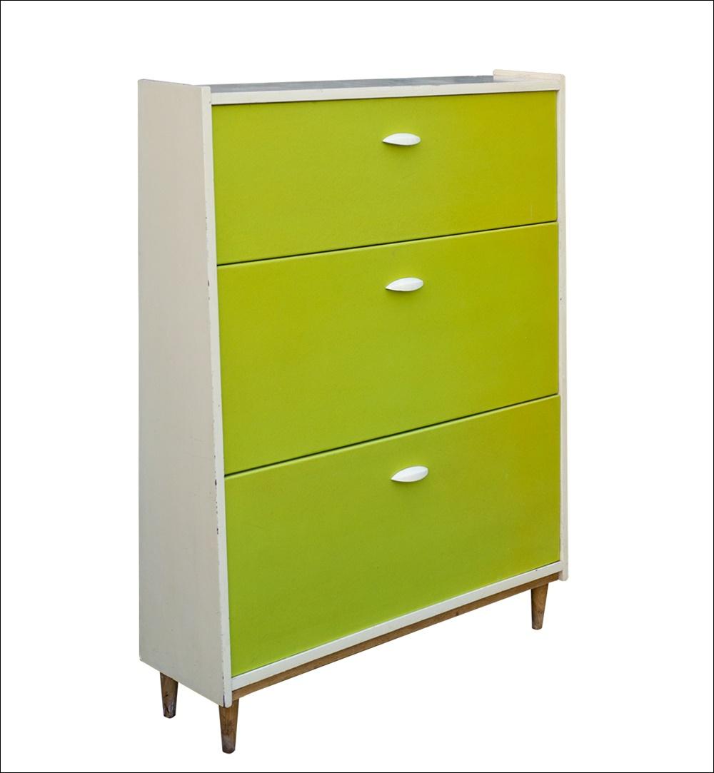 vintage schuhschrank orig 60er 70er jahre knallig gr ne. Black Bedroom Furniture Sets. Home Design Ideas