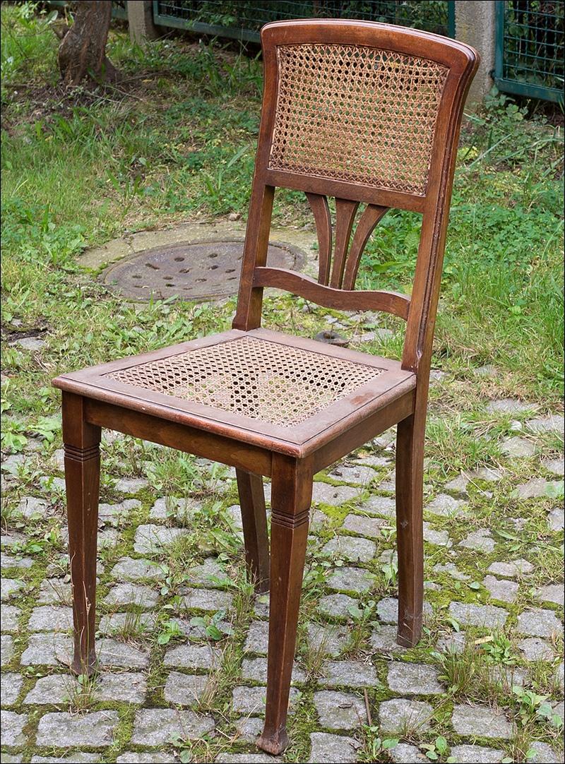 sch ner alter brauner jugendstil stuhl mit korbgeflecht orig m bel um 1900 ebay. Black Bedroom Furniture Sets. Home Design Ideas