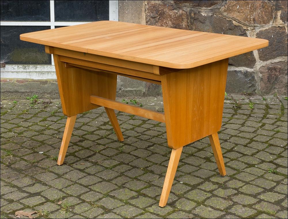Gro er wohnzimmertisch coutchtisch tisch design for Design tisch 60er