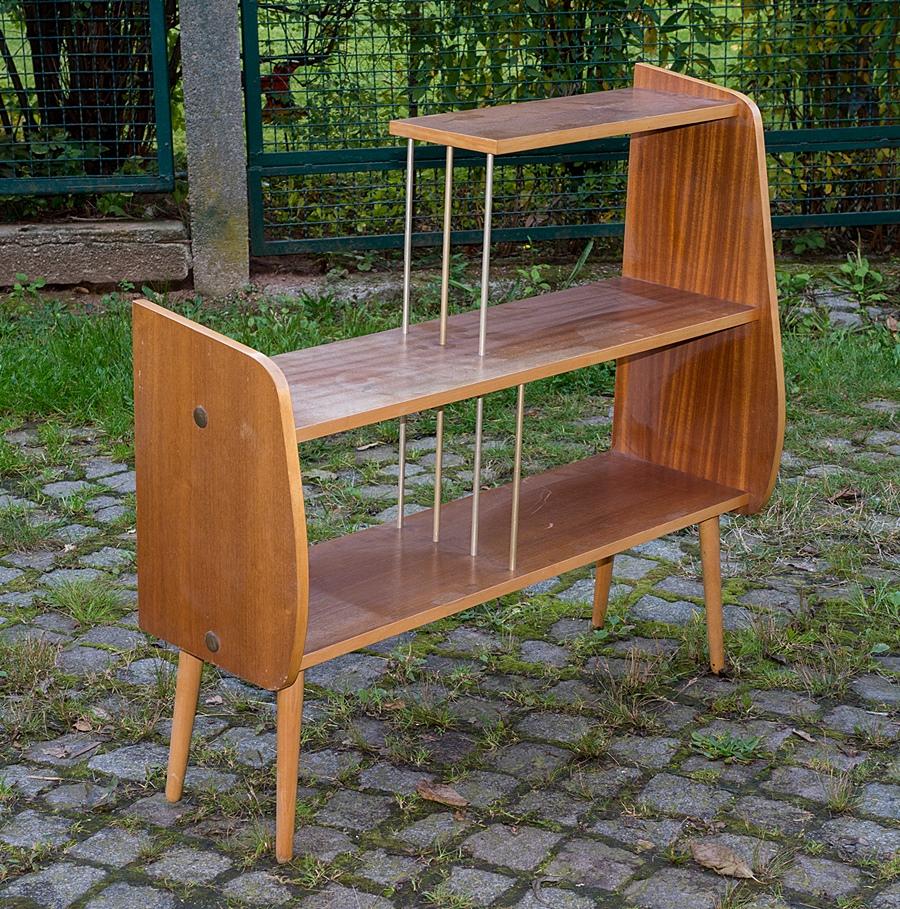 b cherregal ablage regal fa g john th ringen kultiges. Black Bedroom Furniture Sets. Home Design Ideas